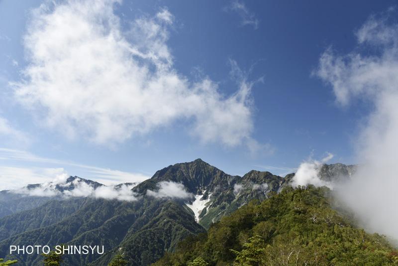 鹿島槍ヶ岳カクネ里氷河